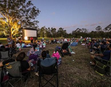 Red Dog - Outdoor Cinema in the Suburbs