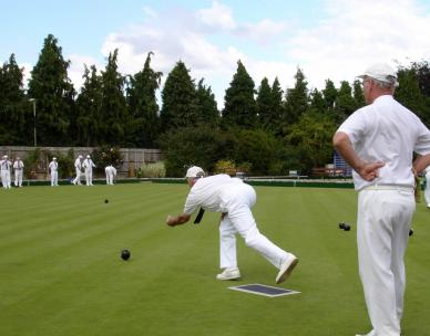 Lawn bowls for beginners