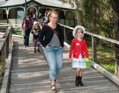 Guided walk at Boondall Wetlands