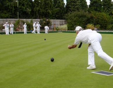 50 Plus: Indoor bowls