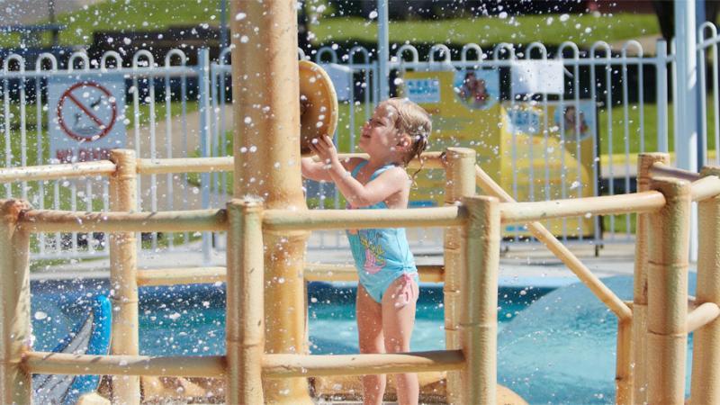 Hibiscus sports complex pool upper mt gravatt brisbane - Brisbane city council swimming pools ...